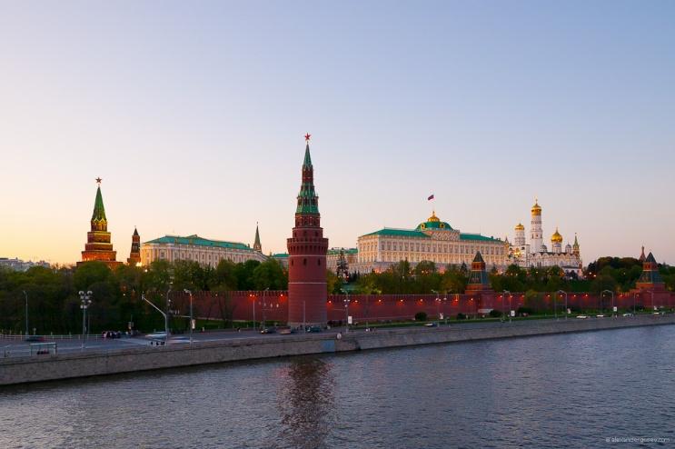 https:::en.wikipedia.org:wiki:Moscow_Kremlin