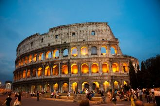 https:::www.tripsavvy.com:buying-colosseum-tickets-in-rome-1547877